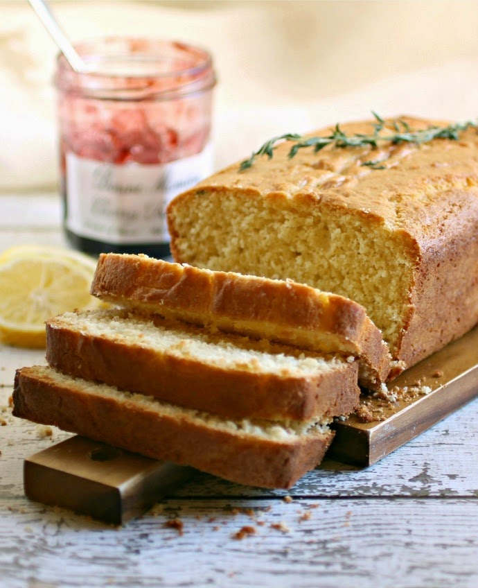 Lemon and Thyme Sweet Cornmeal Loaf