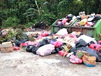 Sampah Plastik Ancaman Nyata Kelestarian Taman Nasional Teluk Cenderawasih