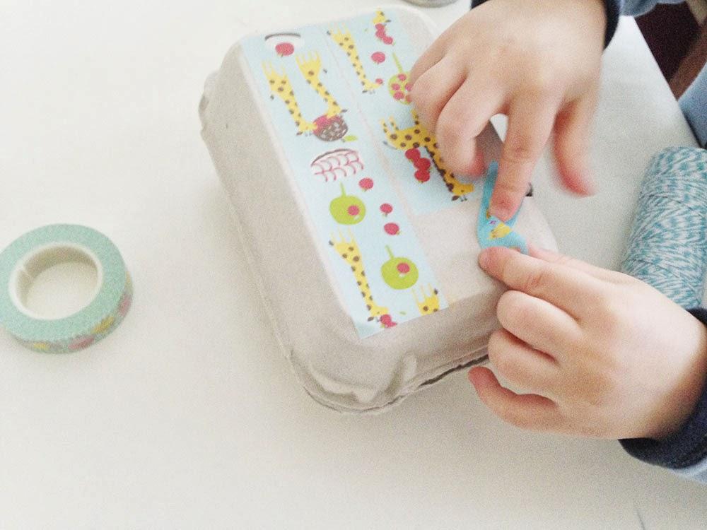 ya sabes que una de las de los washi tapes es que se puede cortar con la mano sin necesidad sin tener las tijeras rondando por la mesa y