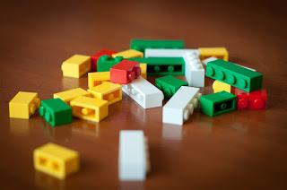 Πώς φτιάχνουμε μια κλειδοθήκη απο Lego σε 5 λεπτά