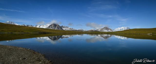 Lac de l'Ouillette en été à Val d'Isère