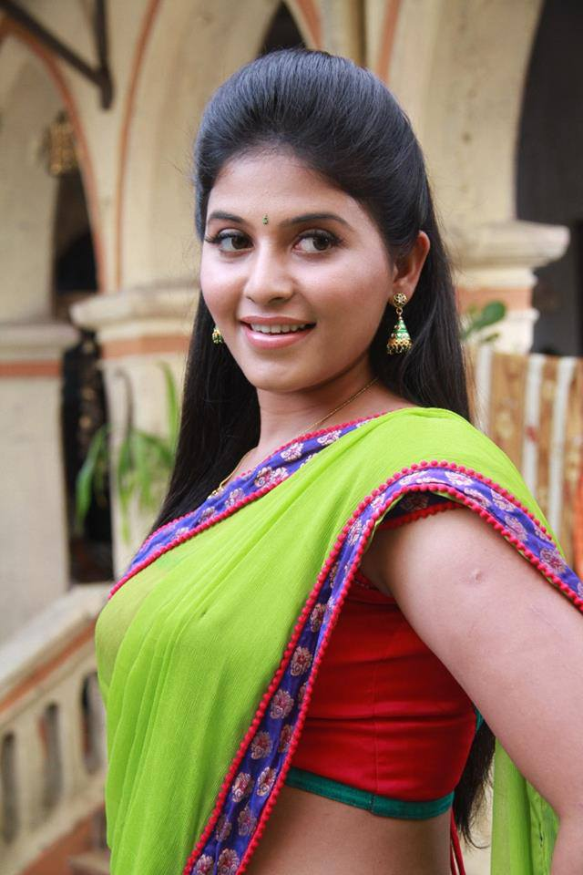 Anjali in green saree, anjali hot photos, anjali sexy photos