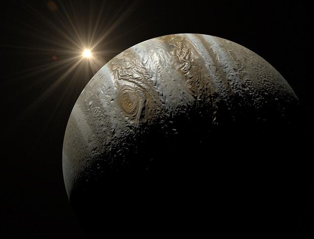 NGTS-1b es mucho más grande que Júpiter, pero su estrella es apenas la mitad del Sol