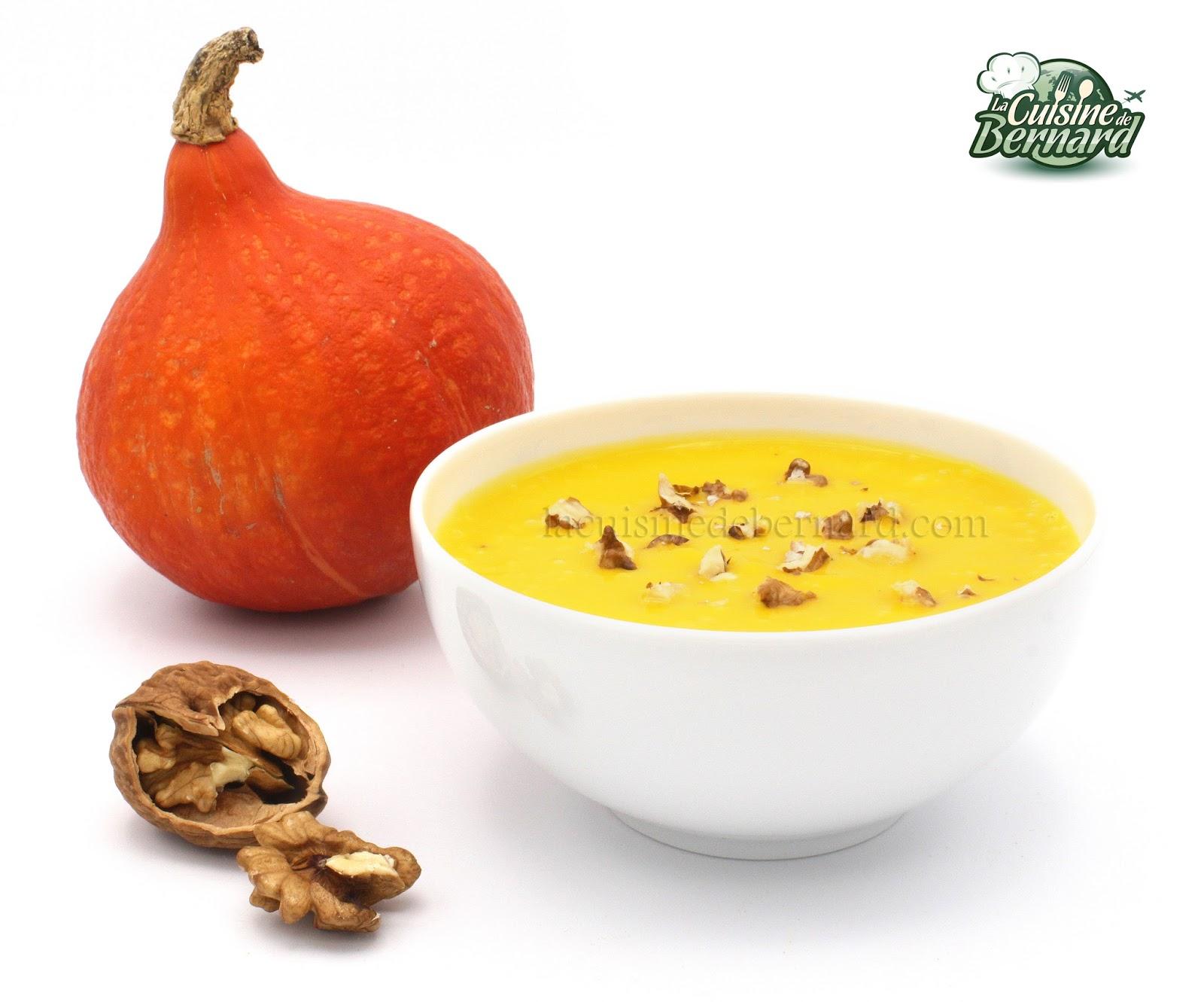 La cuisine de bernard soupe de potimarron - Soupe a oignon maison ...