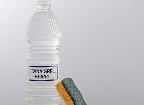 voici des utilisations tonnantes du vinaigre blanc que personne ne conna t je t 39 aime maman. Black Bedroom Furniture Sets. Home Design Ideas