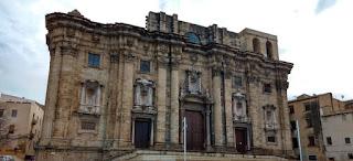 Fachada de la Catedral de Santa María de Tortosa.