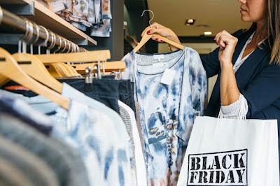 Como economizar comprando roupas na Black Friday