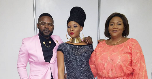 Lawrencia Udifes Blog: Photos Of Yemi Alade With Her Mom