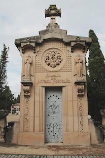 Panteón de Antonio Portolés.