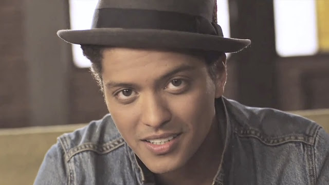 Bruno Mars - Just The Way You Are (Video)