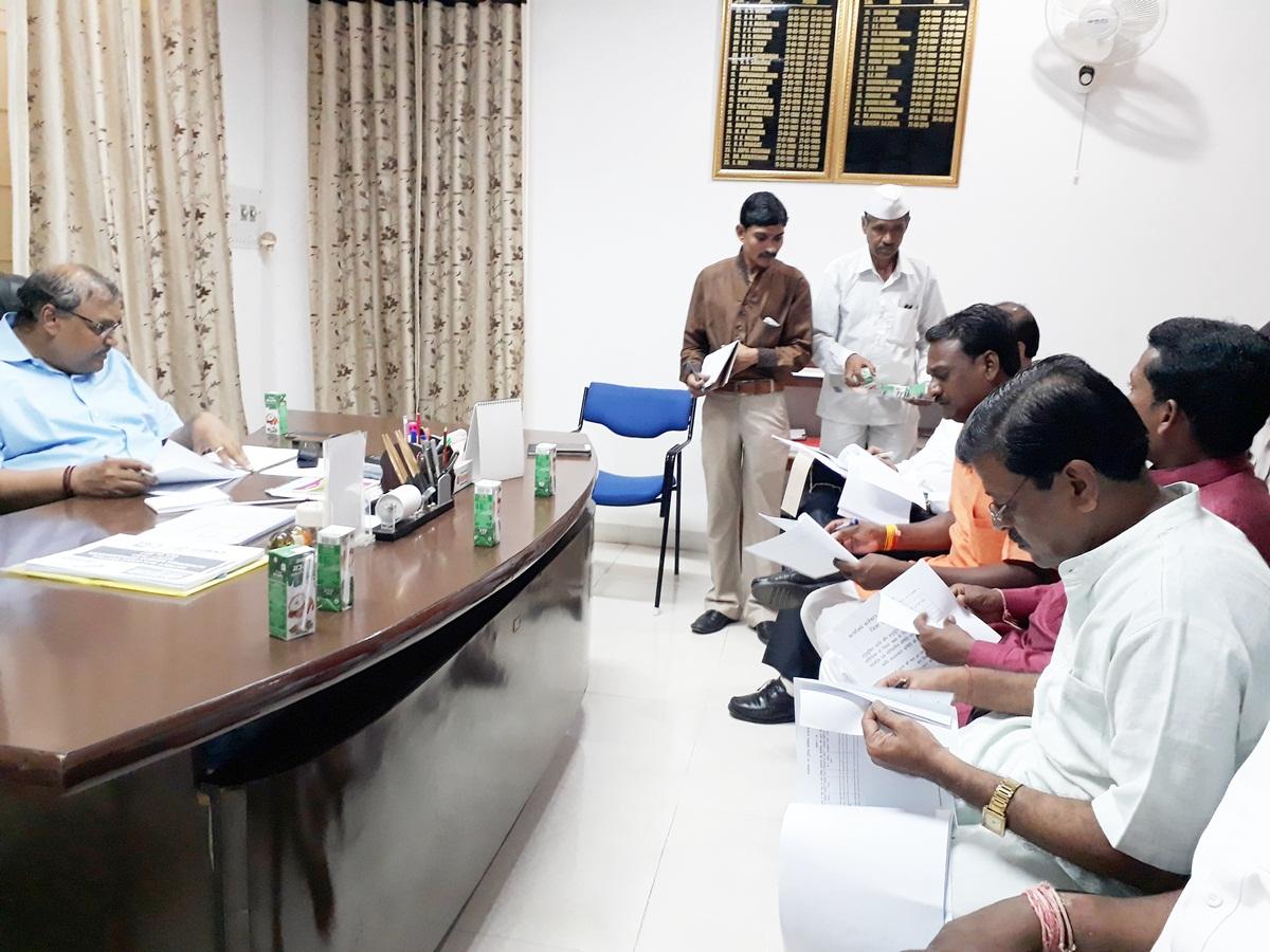 जिला स्तरीय सतर्कता एवं माॅनिटरिंग समिति की बैठक संपन्न -District-level-Vigilance-and-Monitoring-Committee-meeting-concluded