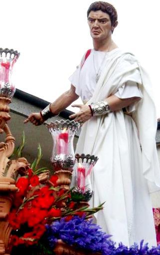 Estatua de Poncio Pilato en recorrido