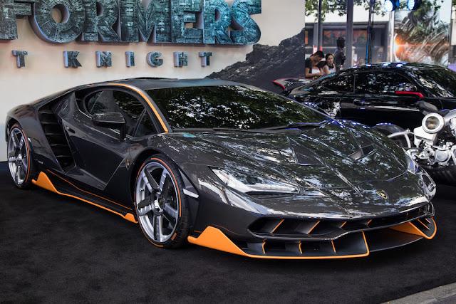 2億円の限定車「ランボルギーニ・センテナリオ」が「トランスフォーマー/最後の騎士王」のロンドンプレミアに登場!