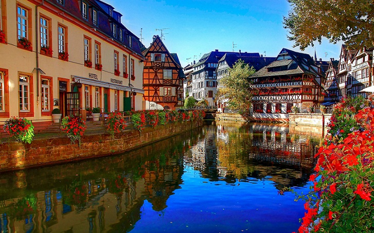 Strasbourg, Pesona Kanal di Antara Katedral