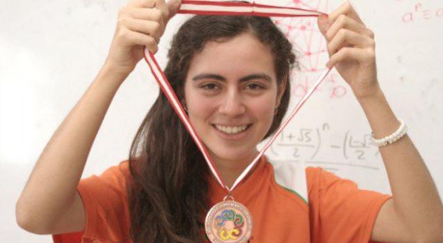 Mexicana gana en la Olimpiada Europea de Matemáticas y es ignorada.