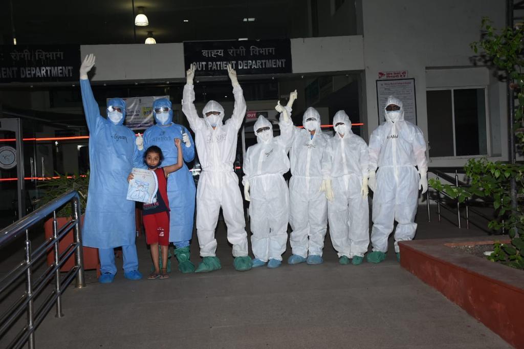 Corona-virus-28-covid-positive-people-frombhopal-leave-home-fully-healthy- कोरोना वायरस- चिरायु से 28 कोविड पॉजिटिव व्यक्ति पूर्णतः स्वस्थ होकर घर रवाना