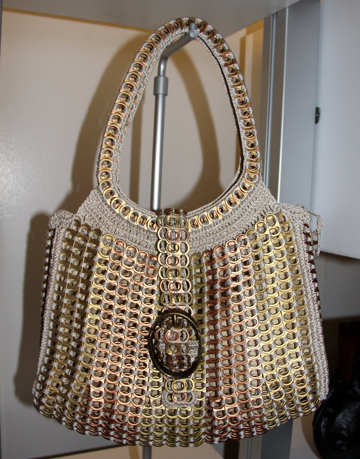 afcecd003f The 5th Annual INDEPENDENT HANDBAG DESIGNER AWARDS