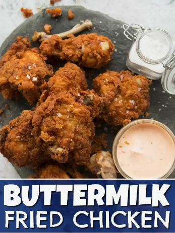 This Buttermilk Fried Chicken recipe is packed with all the tips you need to make EXTRA crispy fried chicken. Once you give this a go, you won't have it any other way! #chicken #friedchicken #deepfriedchicken #buttermilk #buttermilkfriedchicken