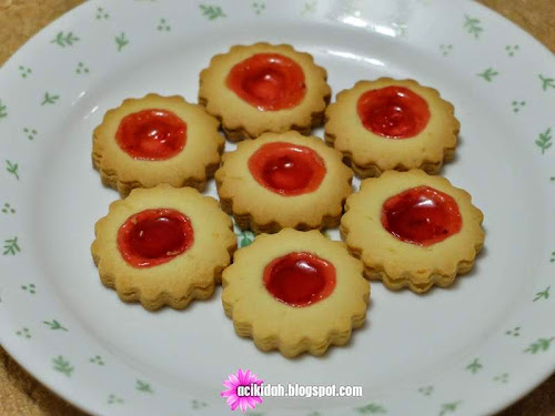 Biskut Tart Strawberry