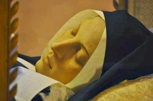 Phép Lạ: Xác Thánh Bernadette vẫn còn nguyên vẹn