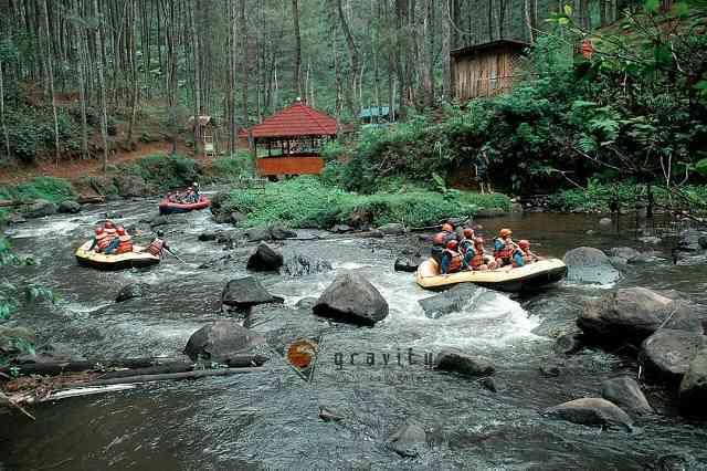 Jaminan Keamanan Jasa EO Family Gathering Gravity Adventure Rafting Sungai Palayangan