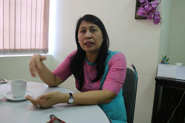 အိခ်ယ္ရီေအာင္ (Myanmar Now) ● အမ်ဳိးသမီးေတြမွာ အခြင့္အေရး ရိွေနတယ္၊ ဆုပ္ကုိင္ႏိုင္ဖို႔ပဲ လိုတယ္