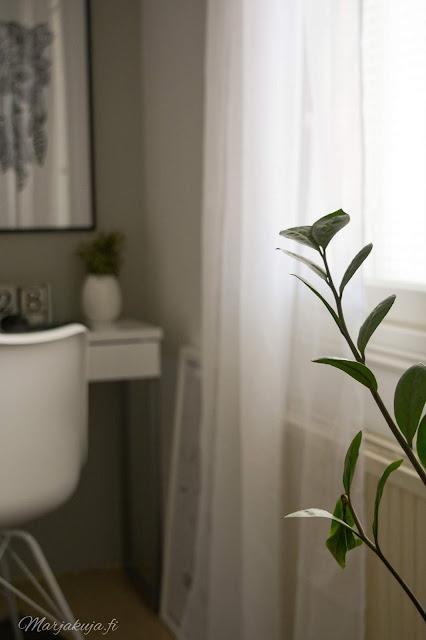 makuuhuone sisustus skandinaavinen jysk valkoinen