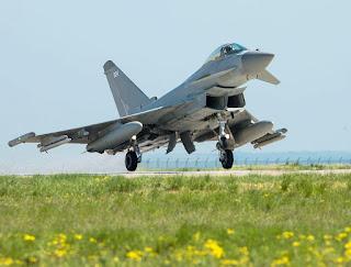 Jet Tempur Typhoon RAF