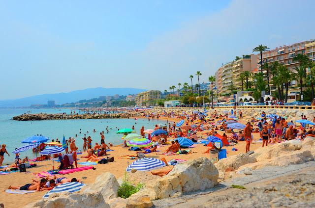Passeio pelas praias em Cannes