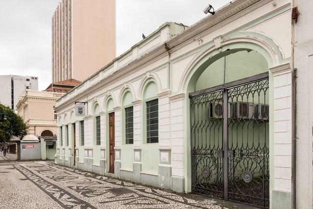 Casarão na Rua Barão do Rio Branco em Curitiba