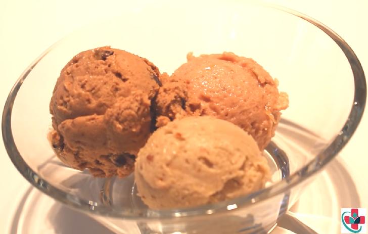 Healthy, vegan-friendly one ingredient banana ice cream