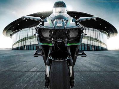 2016 Kawasaki Ninja H2R front Headlight