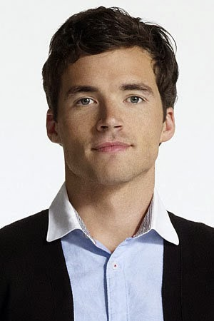 Pretty Little Liars Ezra