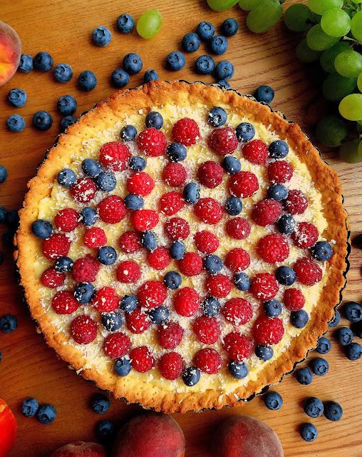 Tarta z domowym budyniem i owocami lata / Summer Fruit Tart with Homemade Pudding