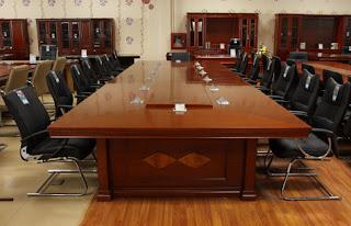 Những kiểu bố trí chỗ ngồi phòng họp thuận phong thủy