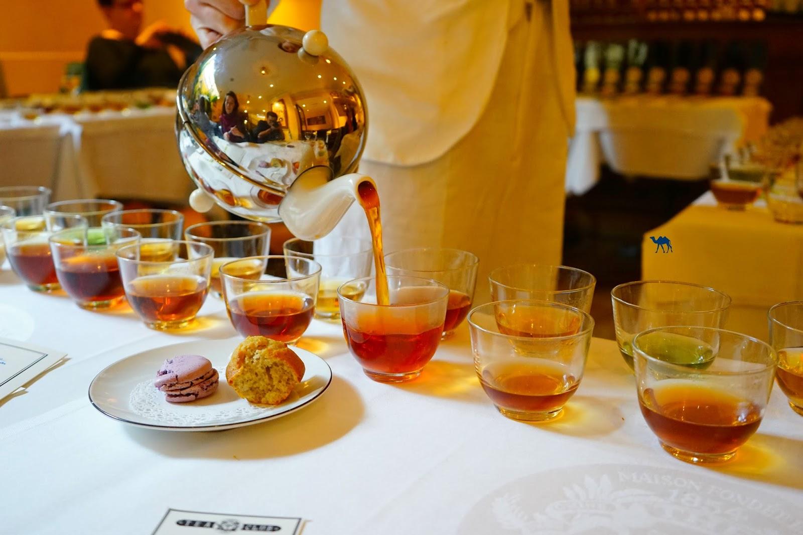 Le Chameau Bleu - Service du Thé - Salon de thé Mariage Frères Paris