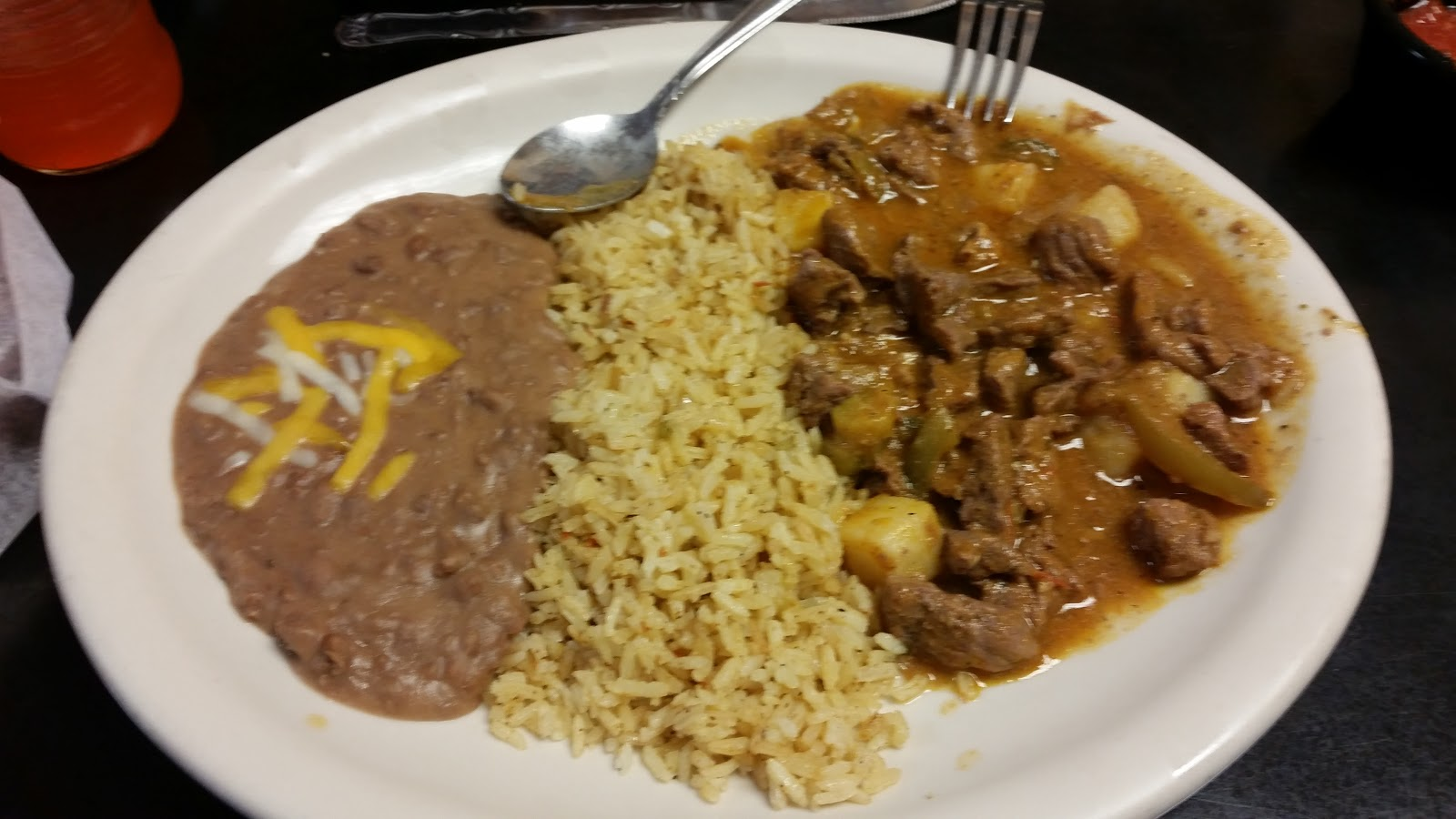 While You Are Dining: Another Guiso Mexicano entree from La Finca ...