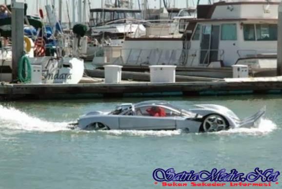 Modifikasi Mobil Amfibi ( Mobil Mewah Untuk Di Darat dan di Air )