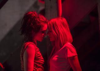 Naomi Watts y Sophie Cookson en Gypsy