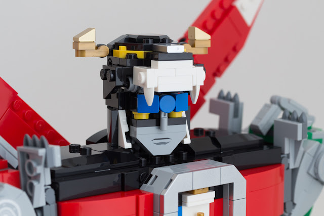 LEGO® Ideas 21311 Voltron: the parts Voltron-26