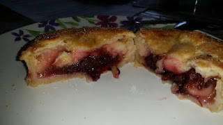 Piebury Corner Apple and Blackcurrant Pie Review