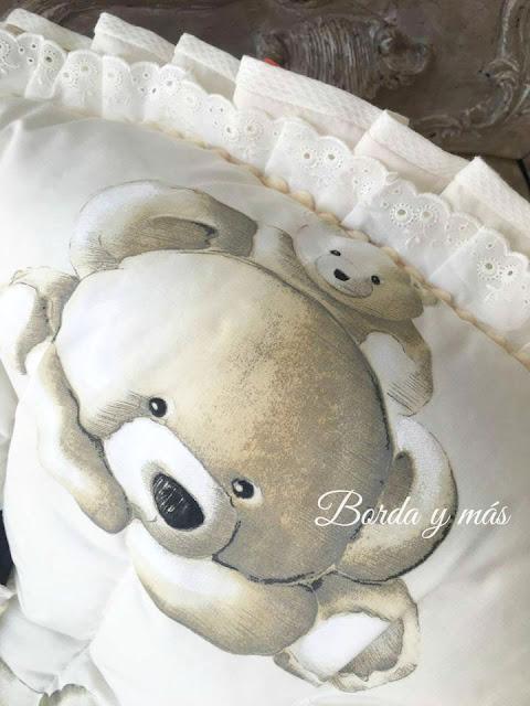 colchoneta osos puntilla beige Bugaboo Camaleon