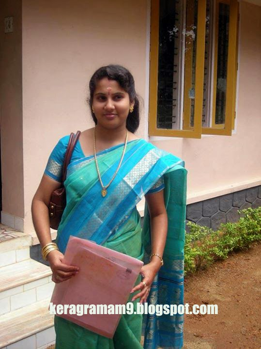 Kerala Engineering College Beautiful Madam Hot Photos -9596