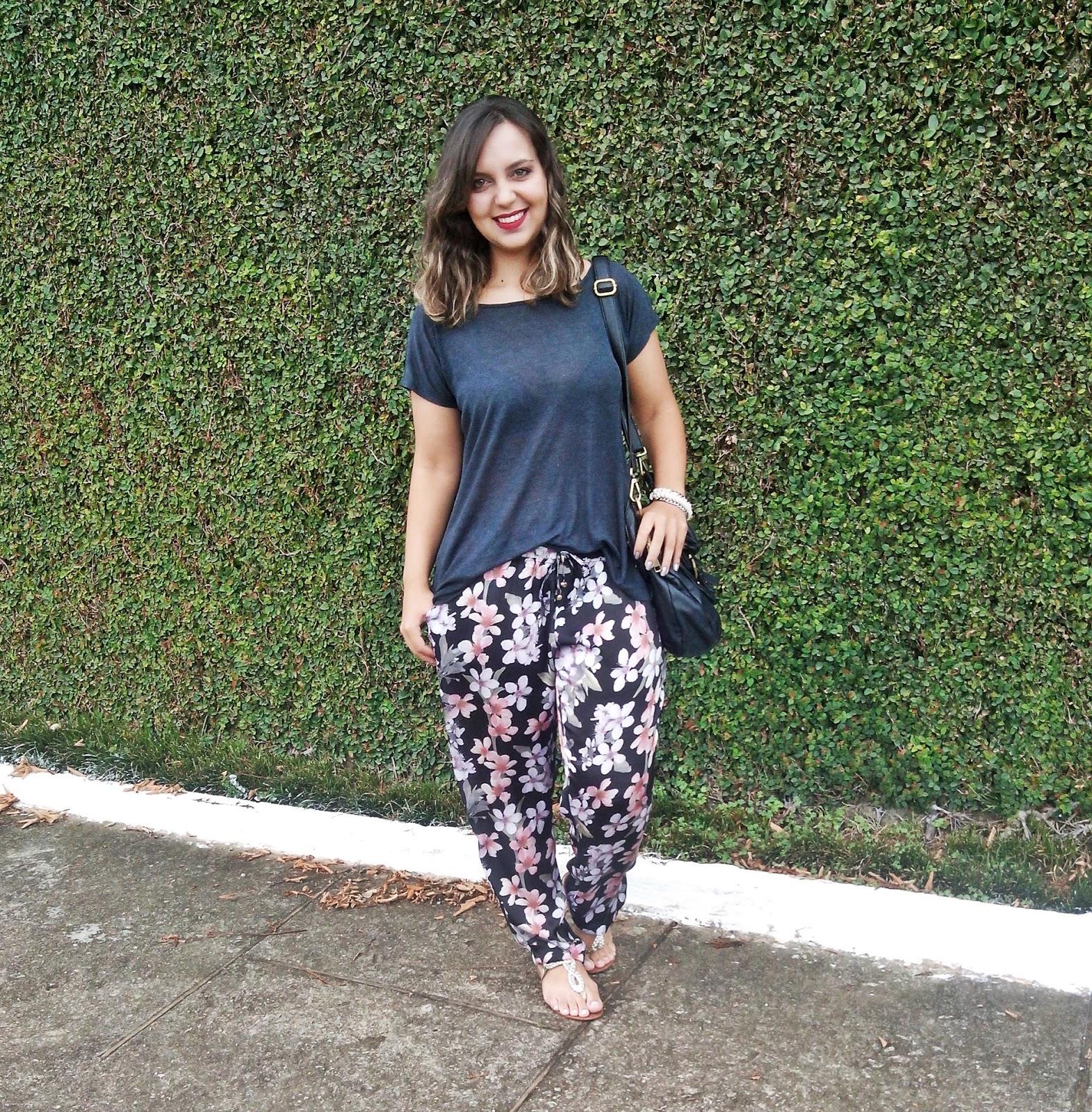 Calça Pijama é uma peça que se torno um clássico no guarda-roupa feminino
