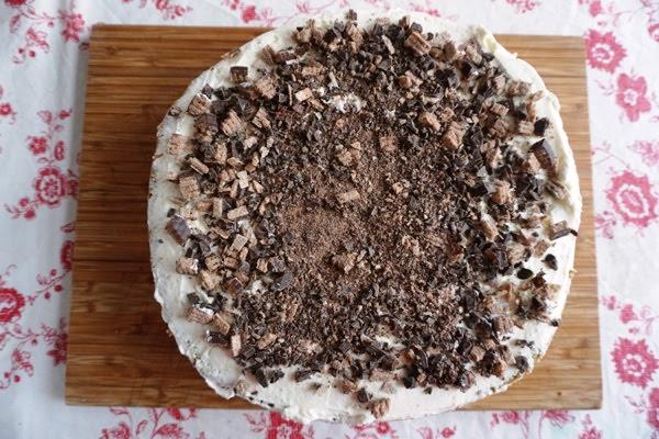 tort z kremem mascarpone i warstwą cranchy