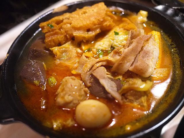 P1250317 - 【熱血採訪】逢甲夜市吃到飽│那個鍋有那個麵,現在還推出了好吃的炸雞套餐