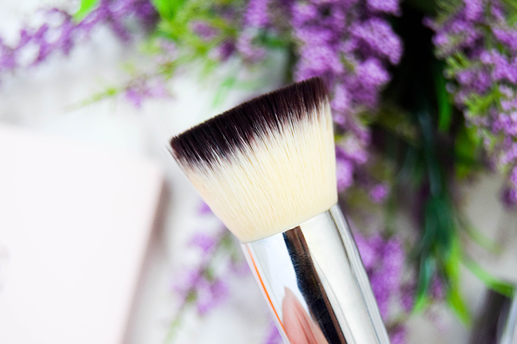 argent makeup 101 girly