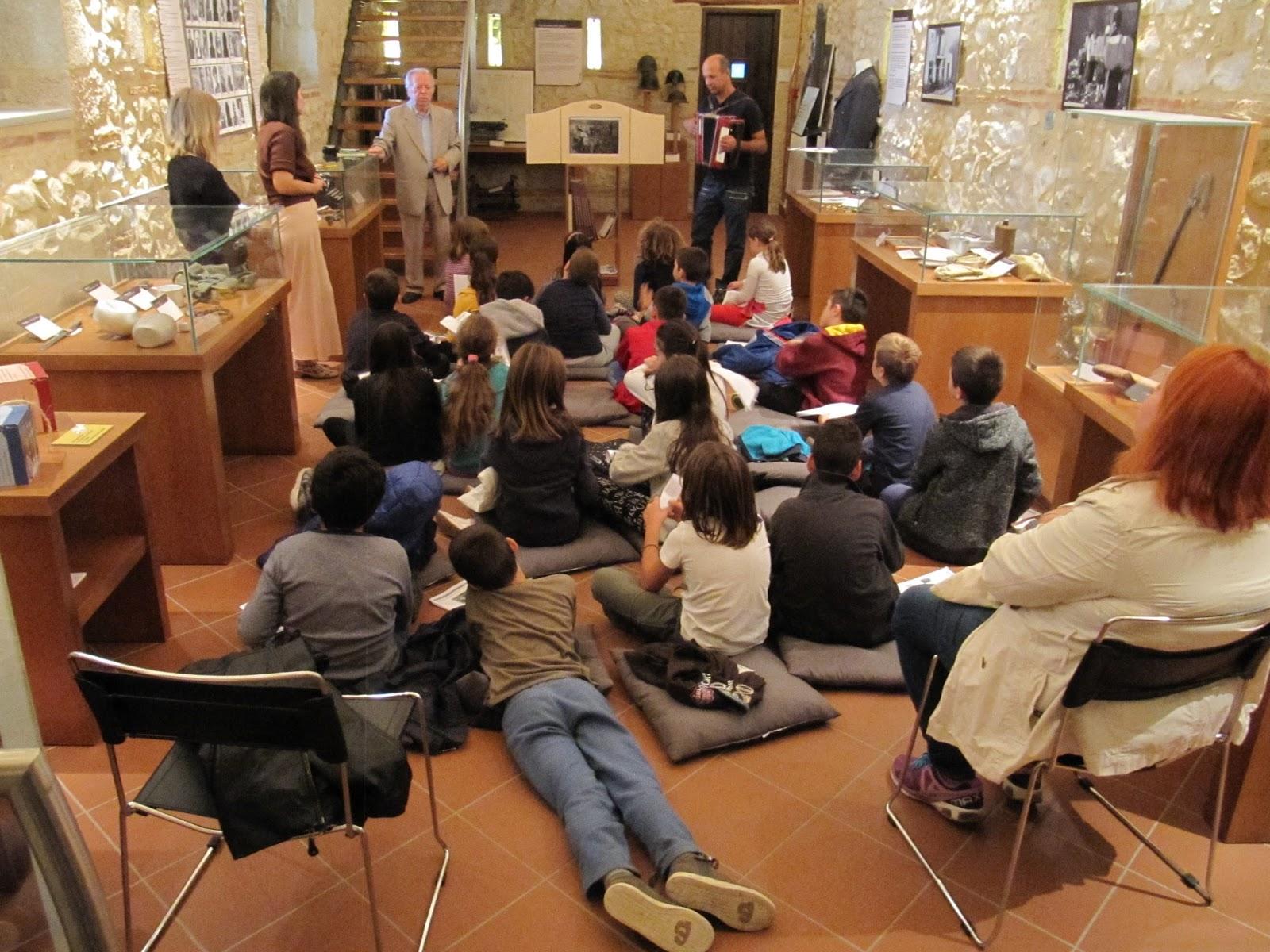 Επίσκεψη του 1ου Δημοτικού Σχολείου Λάρισας στο Μουσείο Εθνικής Αντίστασης Λάρισας