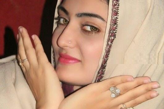 Gul Rukhsar Pashto New Songs 2017 Na Kram Yaari Na Kram Mata Ma Kra Zari