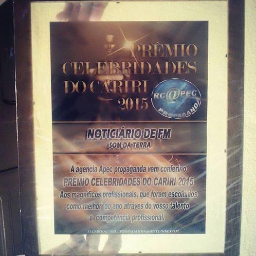 "Som da Terra FM recebe  título de ""Celebridades do Cariri 2015"""